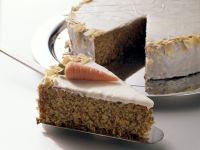 Möhrenkuchen mit Zuckerguss Rezept