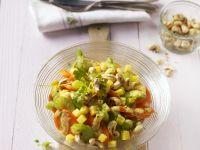Möhrensalat mit Cashewkernen und Mango Rezept