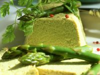 Mousse aus grünen Spargel