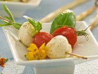 Mozzarella-Tomaten-Spieß Rezept