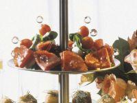 Mozzarellaspiesse mit Kirschtomaten & Salami Rezept