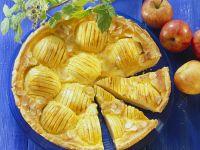Mürber Apfelkuchen mit Guss Rezept