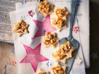 Mürbteig-Sternplätzchen mit Erdnüssen Rezept