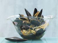 Muscheln in Asia-Aromen gedünstet Rezept