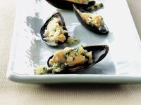 Muscheln mit Kapern-Kräuter-Vinaigrette Rezept