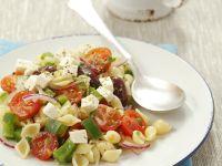 Muschelnudelsalat mit Tomaten und Feta Rezept