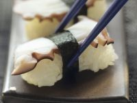 Nigiri-Sushi mit Oktopus Rezept