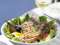 Nizza Salat mit Thunfischsteak Rezept
