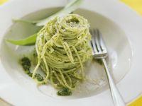 Nudeln mit Bärlauch-Pesto Rezept