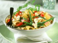 Nudeln mit Gemüse und Feta Rezept