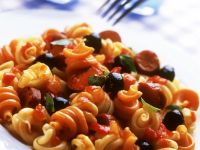 Nudeln mit Gemüse-Wurst-Sauce Rezept