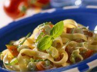 Nudeln mit Tomaten und Käsesauce Rezept