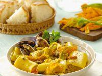 Nudeln mit Zucchiniblüten und Muscheln Rezept
