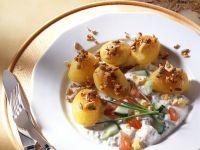 Nuss-Kartoffeln mit Joghurtsauce Rezept