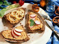 Obatzda auf Brot Rezept