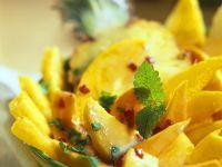 Obstsalat mit exotischen Früchten Rezept