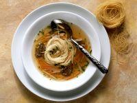 Ochsenschwanz-Nudelsuppe Rezept