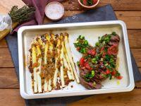 Ofenspargel mit Hüftsteak und Salsa
