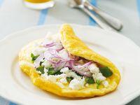 Omelett mit Feta, Zwiebeln und Basilikum Rezept