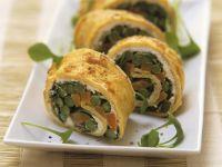 Omelettrolle mit Spargel und Möhren Rezept