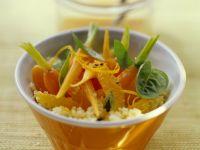 Orangen-Couscous mit Möhren Rezept