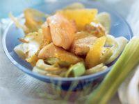Orangen-Fisch-Pfanne mit Fenchel und Pinienkernen Rezept