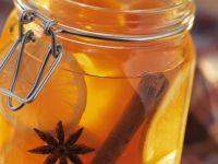 Orangengelee mit Papaya, Zimt und Sternanis Rezept