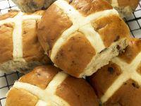 Osterbrötchen nach englischer Art Rezept