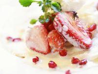 Pannkuchen mit Eis und Erdbeeren Rezept