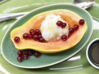 Papaya mit Eisfüllung Rezept