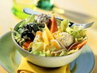Papaya-Mango-Salat mit Sprossen und Frischkäse-Bällchen Rezept