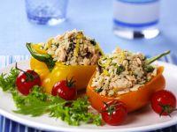 Paprika mit Lachs-Reis gefüllt Rezept