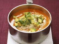 Paprikacremesuppe mit Reis und Avocado Rezept