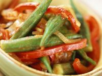 Paprikagemüse mit Okraschoten Rezept