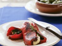 Paprikaschote mit zypriotischem Grillkäse (Halloumi) Rezept