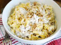 Pasta in Nuss-Ricotta-Sauce Rezept