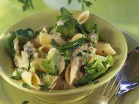 Pasta mit Brokkoli und Gorgonzola