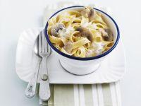 Pasta mit Champignon-Sahne-Soße Rezept