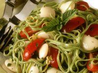 Pasta mit dicken Bohnen und Tomaten Rezept