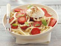 Pasta mit Frischkäse und Erdbeeren Rezept