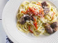 Pasta mit Gorgonzola und Hähnchenleber Rezept