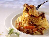 Pasta mit Hackfleischsoße Rezept