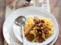 Pasta mit Hähnchenstreifen und Mirabellen Rezept