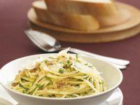 Pasta mit Knoblauch und Sardellen Rezept