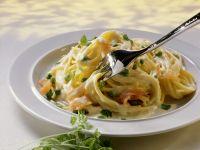 Pasta mit Lachssoße Rezept
