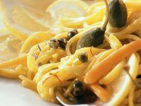 Pasta mit Möhren und Kapern Rezept