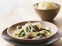 Pasta mit Oliven, Spinat und Artischocken Rezept