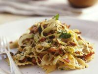 Pasta mit Porree, Speck und Kräutern Rezept