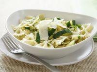 Pasta mit Zucchini und Parmesan Rezept