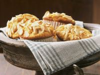 Pastinaken-Orangen-Muffins mit Mandeln Rezept